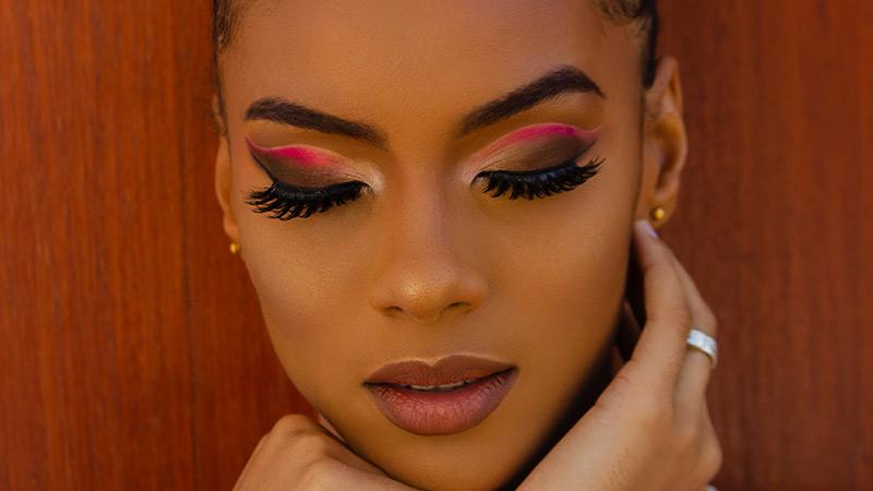Salon Vibes Volume Eyelash Extensions